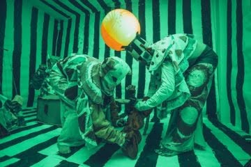 Marvin Gaye Chetwynd, Jesus and Barabbas puppet show, 9 October 2014. Copyright the artist, courtesy Sadie Coles HQ, London.