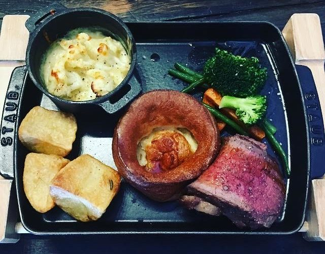 Titanic Hotel Sunday Roast