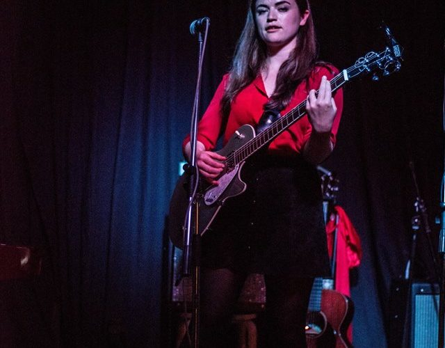 Siobhan Wilson Live At 81 Renshaw: Review 1