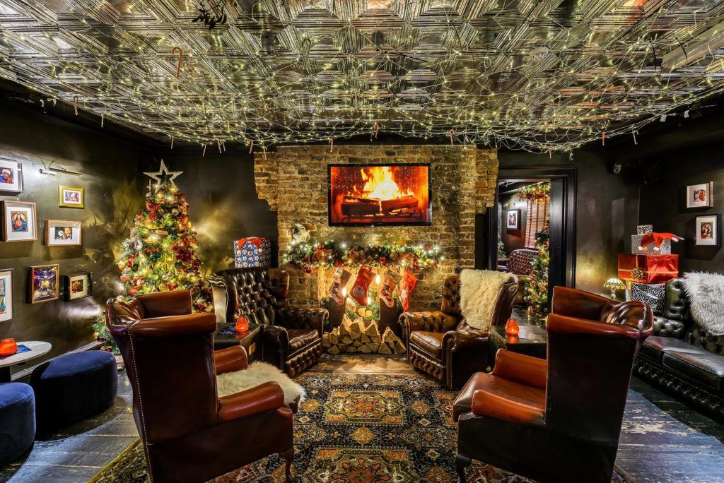 Miracle on Seel St - Adult Christmas Grotto Returning To City Centre Bar 1