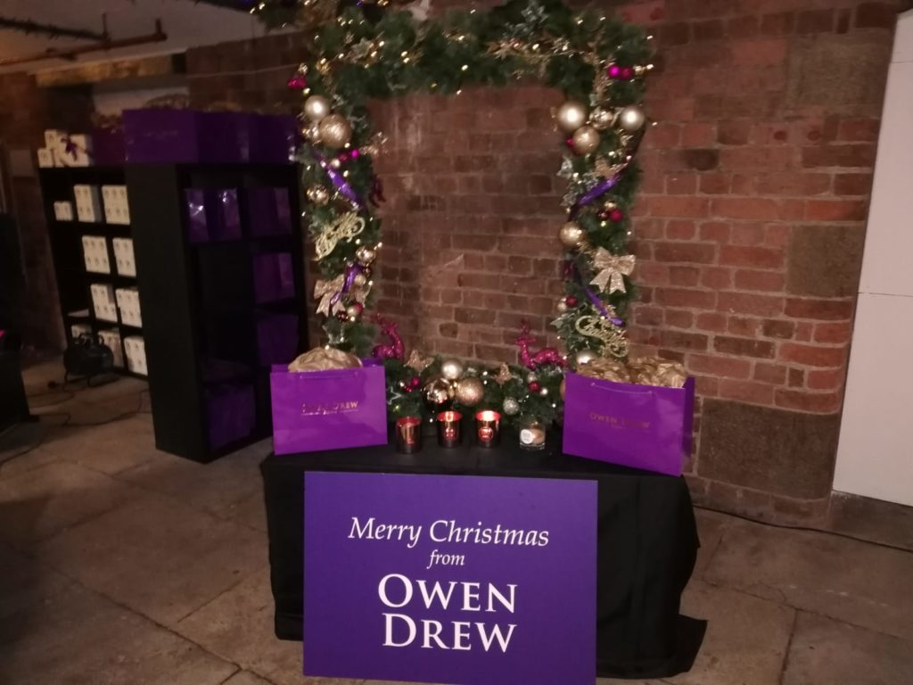 Royal Albert Dock Christmas Owen Drew Candles