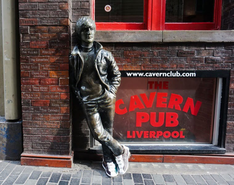 Lane7 Bowling Shoes Liverpool Statues