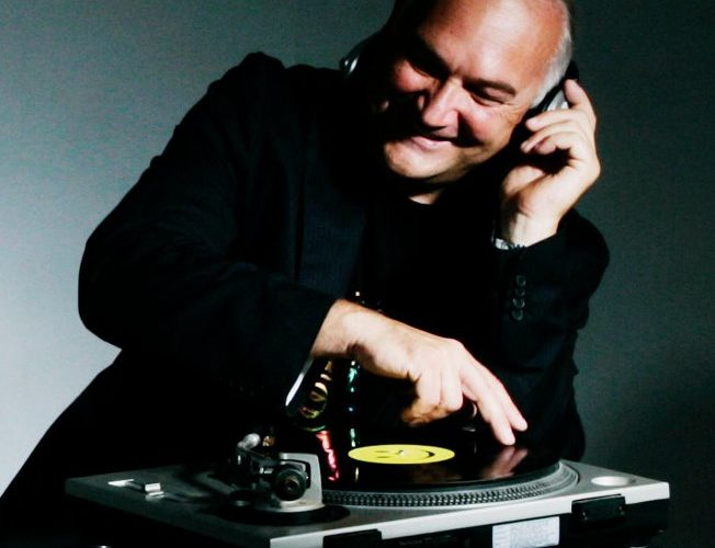 Chris Currie Radio DJ